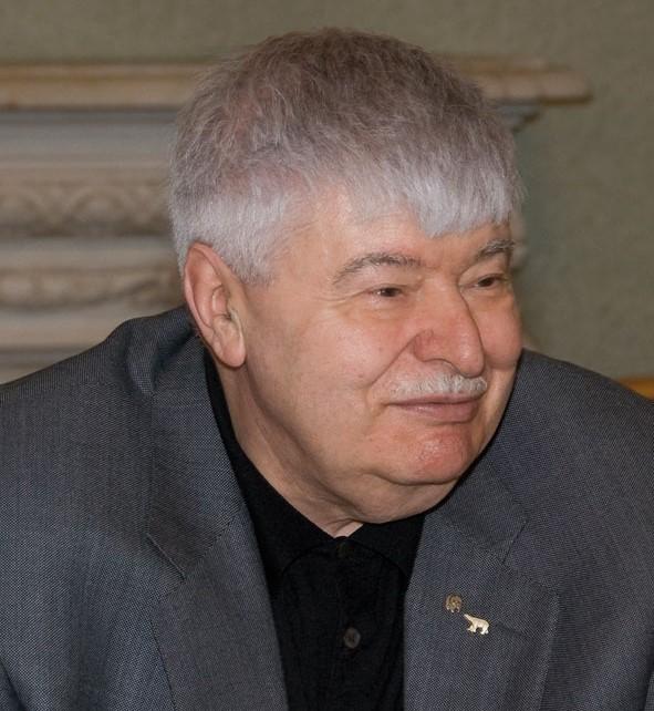 Гавриил Попов об экономике будущего на страницах «Московского Комсомольца»